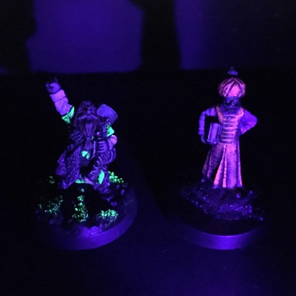 Fluorescent Paints