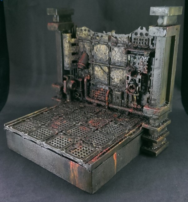 Create a Space Hulk Platform to Display & Photograph Your Minis